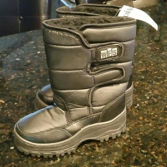 snow boots big five